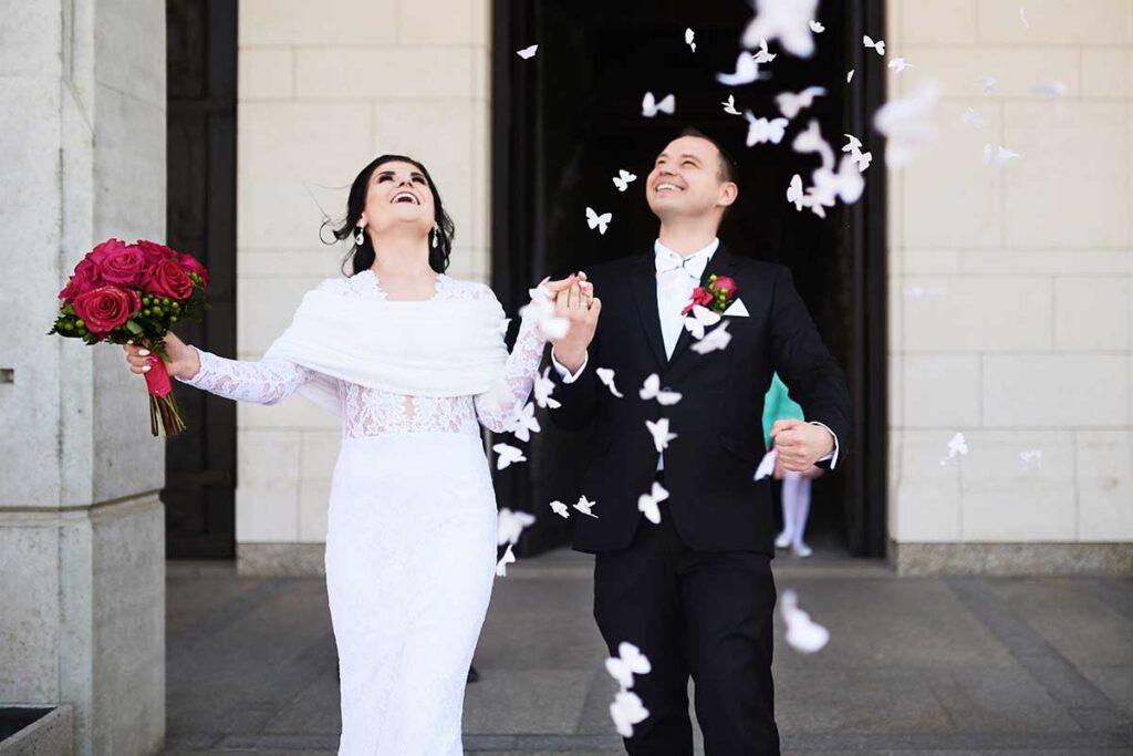 wielka radość po ślubie w łagiewnikach