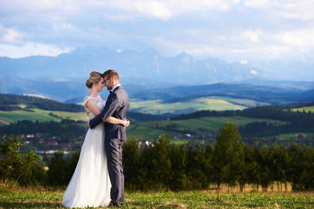 sesja ślubna w górskim klimacie